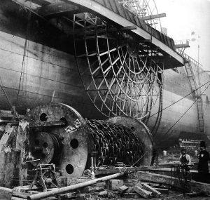 construcción de un buque similar de la misa época fabricando la rueda de paletas como la del Solway