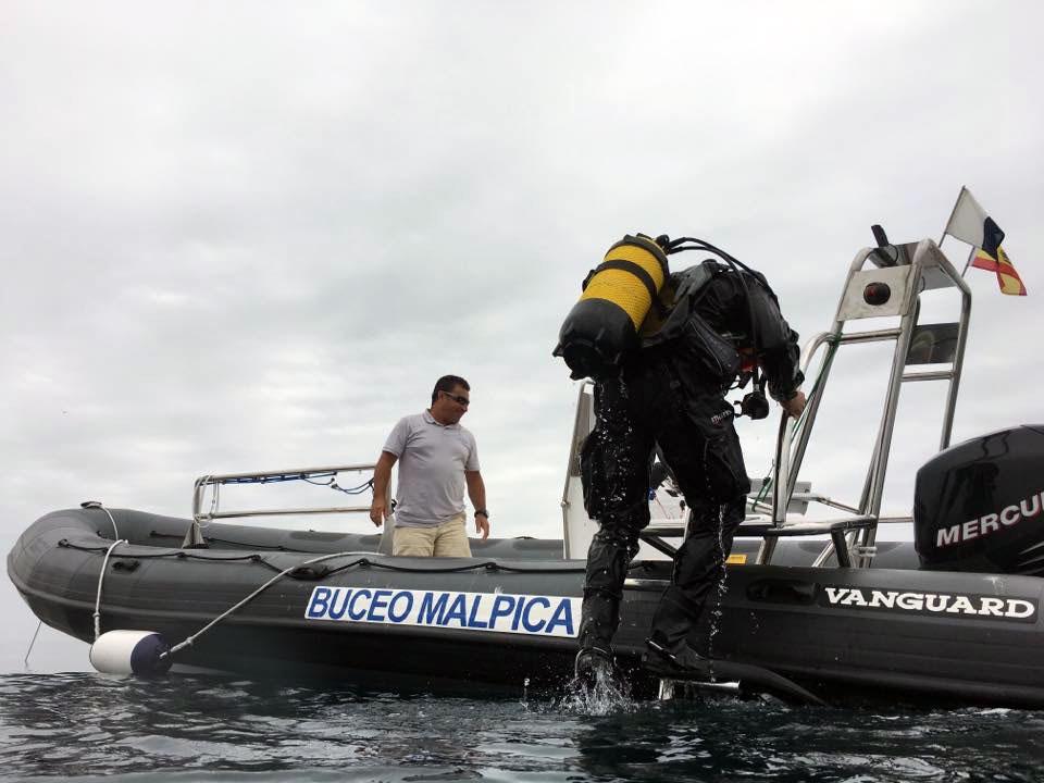 Terminando la inmersión con Buceo Malpica
